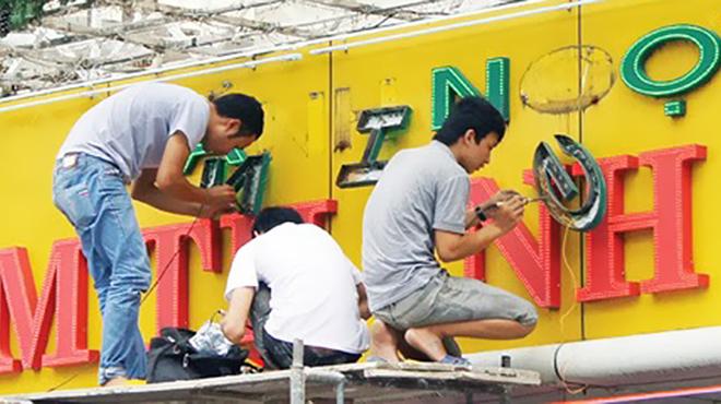 Sửa chữa biển quảng cáo tại Hà Nội